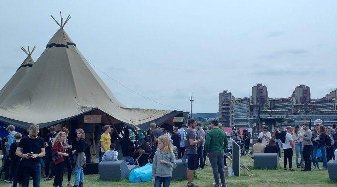 Community Düren unterstützt Freifunk Aachen beim Kimiko Festival am The knowledge Zelt